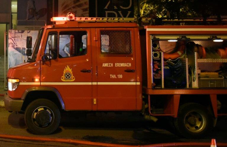 Χανιά: Φωτιά σε παρκαρισμένο αυτοκίνητο