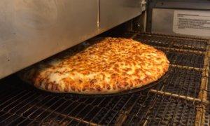 Ντελίβερι για πίτσα… χωρίς ντελιβερά!