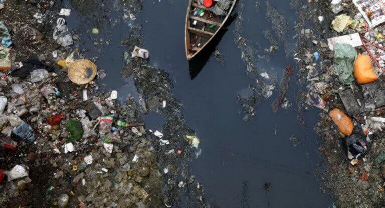 WWF: Η Γαλλία είναι ο μεγαλύτερος παραγωγός πλαστικών αποβλήτων στη Μεσόγειο!