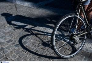 Θεσσαλονίκη: Αυτοκίνητο παρέσυρε 10χρονο ποδηλάτη