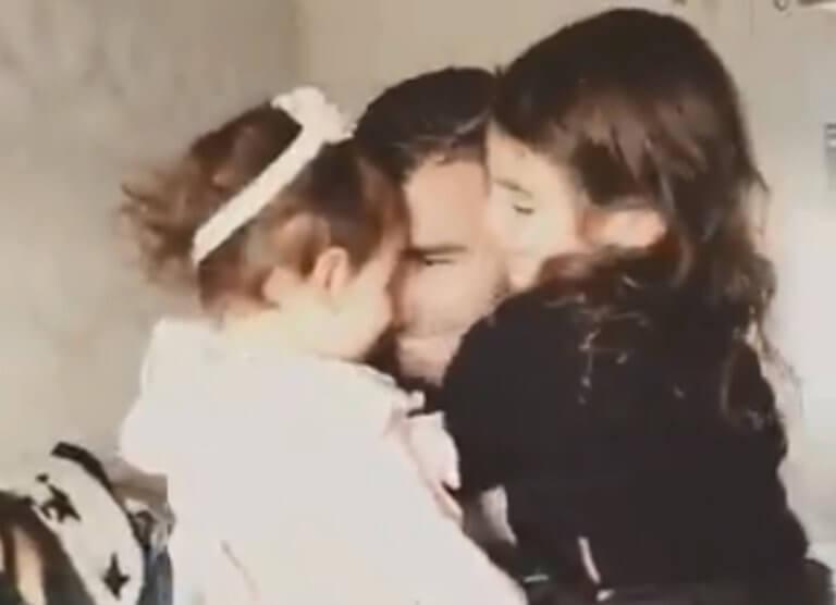 Ρέγιες: Σπαρακτικό βίντεο από την έκπληξη στις κορούλες του…