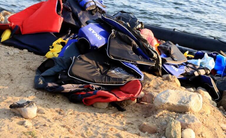 Αλεξανδρούπολη: Επιχείρηση διάσωσης για 49 πρόσφυγες