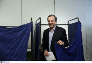 Εκλογές 2019: «Σφαίρα» ο Αντώνης Σαμαράς – Ψήφισε σε χρόνο ρεκόρ και μίλησε λακωνικά – video
