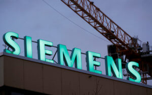 Σκάνδαλο Siemens: Άκυρο στην Μάρθα Καραβέλα για έκτιση της ποινής της κατ' οίκον