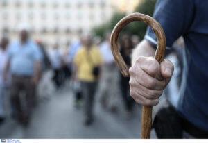 """Συντάξεις – Αναδρομικά: """"Βόμβα"""" από το ΣτΕ! Αντισυνταγματικές οι περικοπές σε 260.000 συνταξιούχους"""