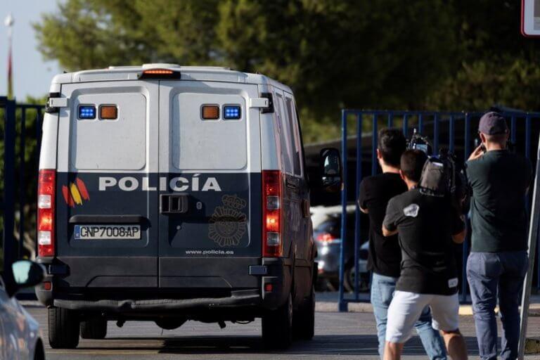 Ισπανία: Έμποροι ναρκωτικών έσωσαν αστυνομικούς από πνιγμό και αυτοί τους συνέλαβαν