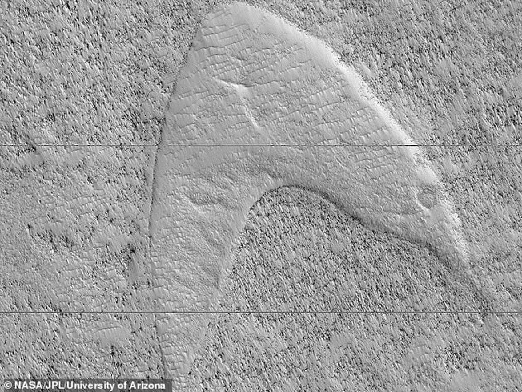 """Η NASA βρήκε σύμβολο του Star Trek στην """"Ελλάδα"""" του Άρη! [pic]"""
