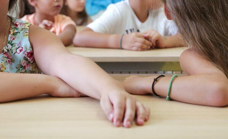 Ηράκλειο: Ηλικιωμένος μπήκε σε σχολείο και προσπάθησε να αρπάξει κοριτσάκι!