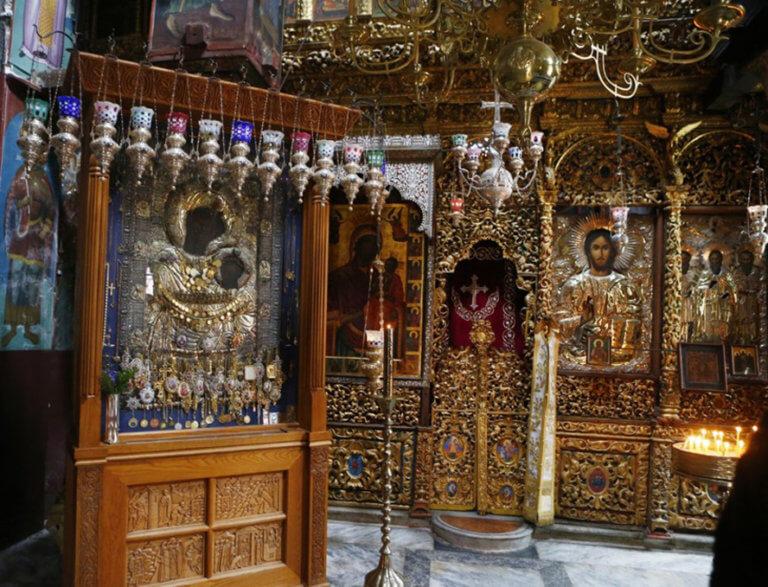 Άγιο Όρος: Βρέθηκαν τα ταμάτα της «Παναγίας της Πορταΐτισσας» – Στενεύει ο κλοιός γύρω από τον ιερόσυλο