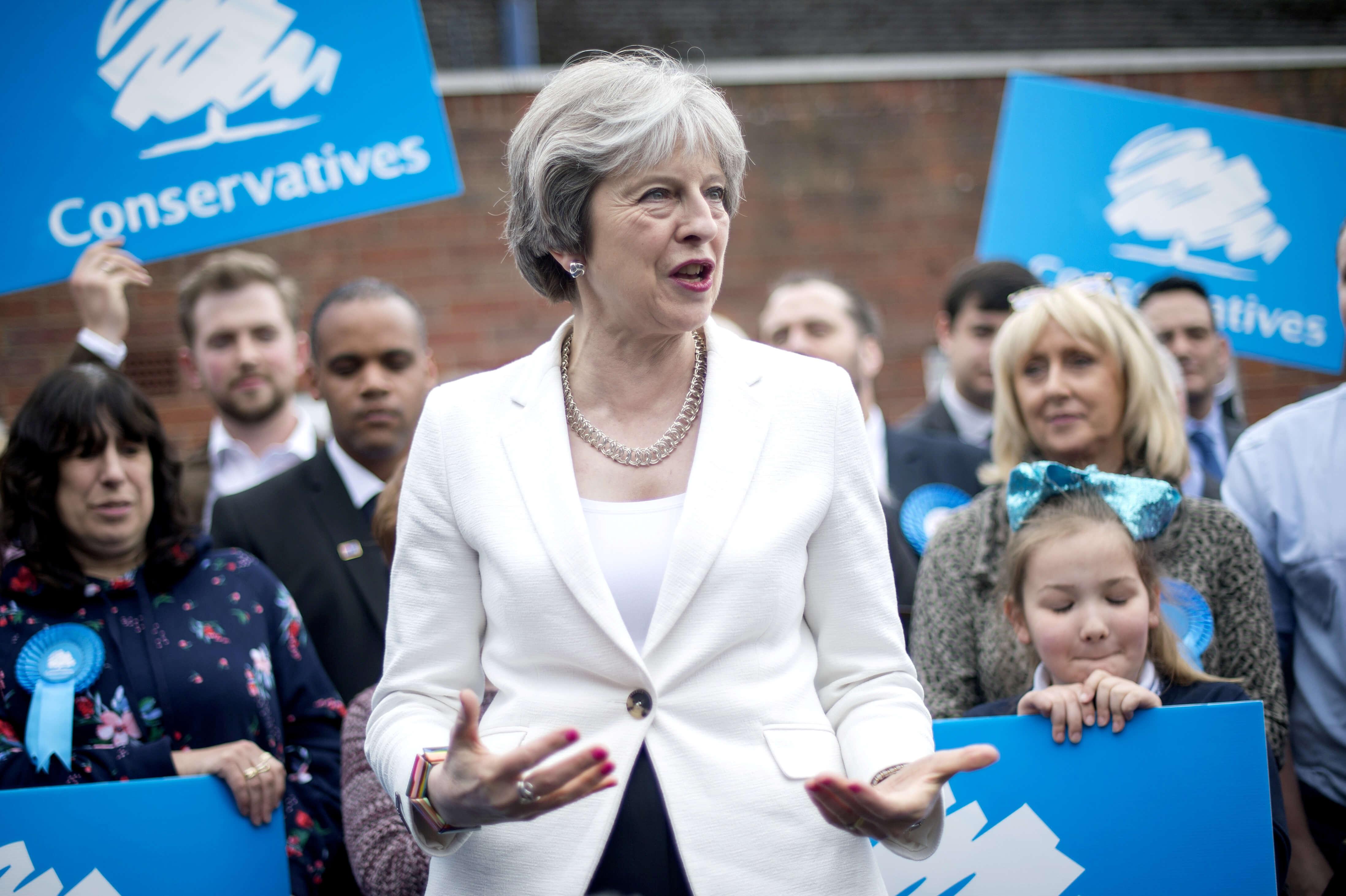 Παραιτήθηκε και τυπικά η Μέι από τη ηγεσία των Συντηρητικών – Ξεκινούν οι διεργασίες διαδοχής