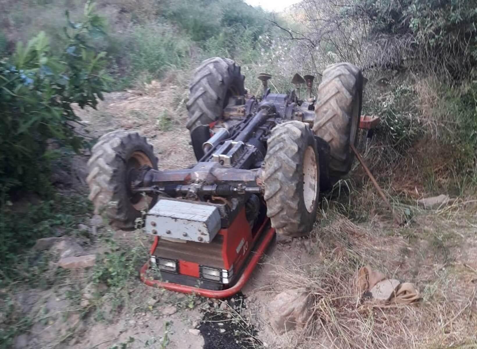 Εύβοια: Νεκρός ο αγρότης που καταπλακώθηκε από το τρακτέρ του – Ακαριαίος ο θάνατός του