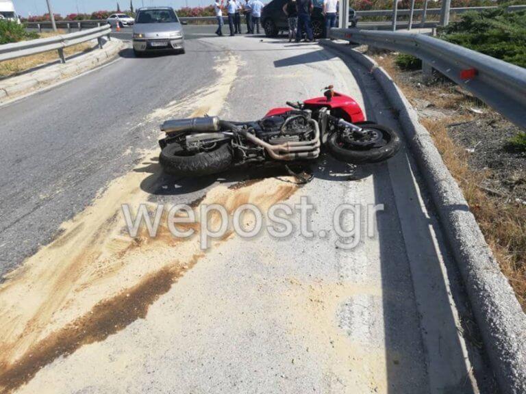 Θεσσαλονίκη: Σκοτώθηκε ακαριαία οδηγός μηχανής – Σκληρές εικόνες στο σημείο της μοιραίας σύγκρουσης [pics]