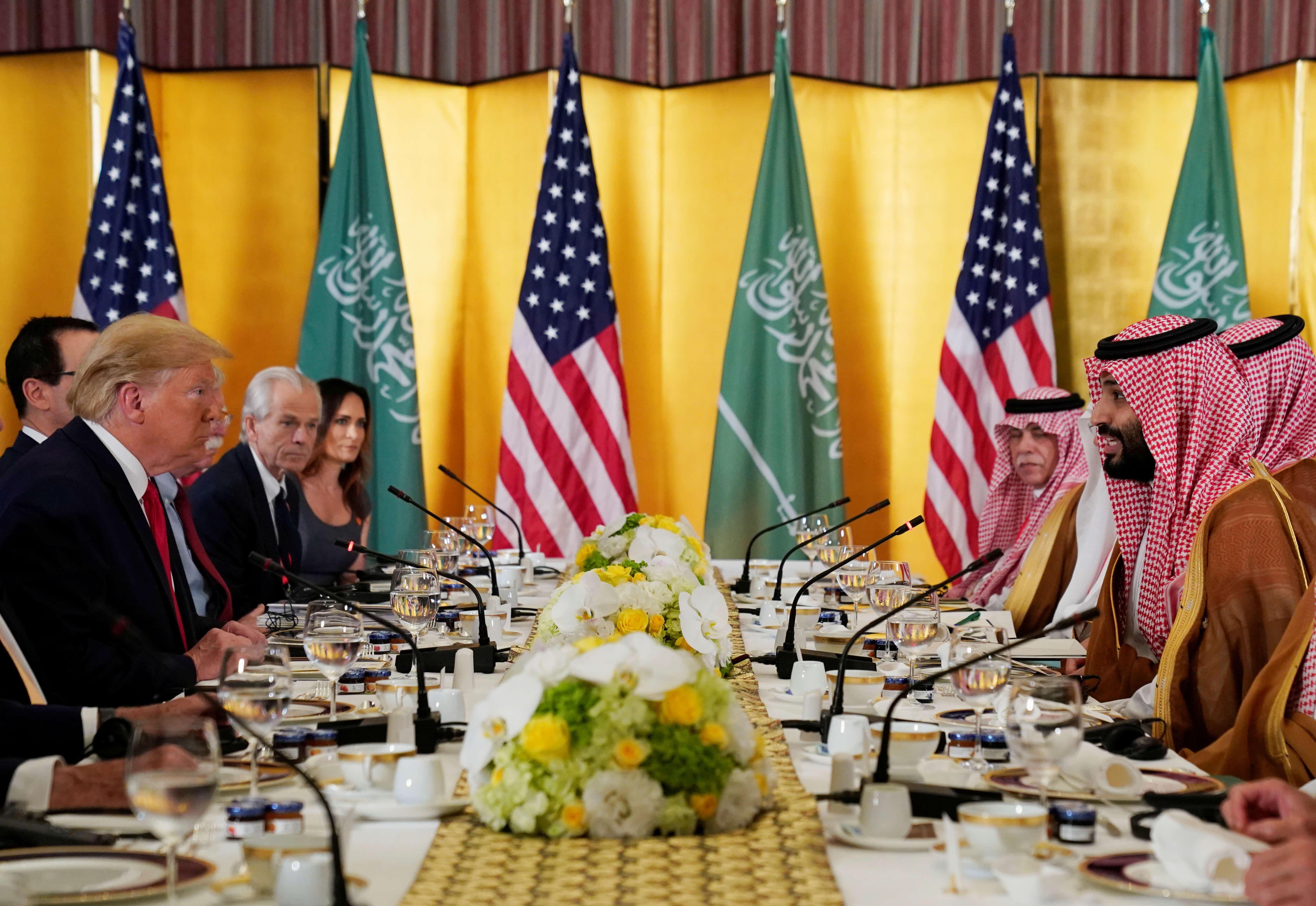 Τραμπ αποθεώνει τον Σαουδάραβα πρίγκιπα! Δεν απάντησε στις ερωτήσεις για την δολοφονία Κασόγκι