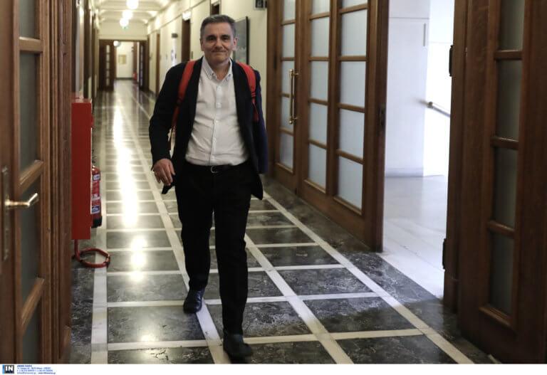 Τσακαλώτος: «Ισορροπήσαμε ανάμεσα σε μέτρα για την ανάπτυξη και τη στήριξη της κοινωνίας»
