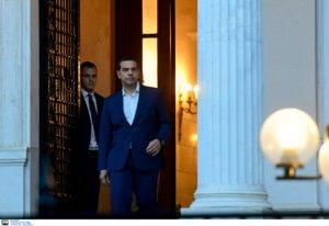 «Ο Τσίπρας είναι ανοιχτός να ενημερώσει όποιον πολιτικό αρχηγό το ζητήσει»