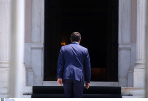 Πυρ ομαδόν μετά το διάγγελμα Τσίπρα από την αντιπολίτευση
