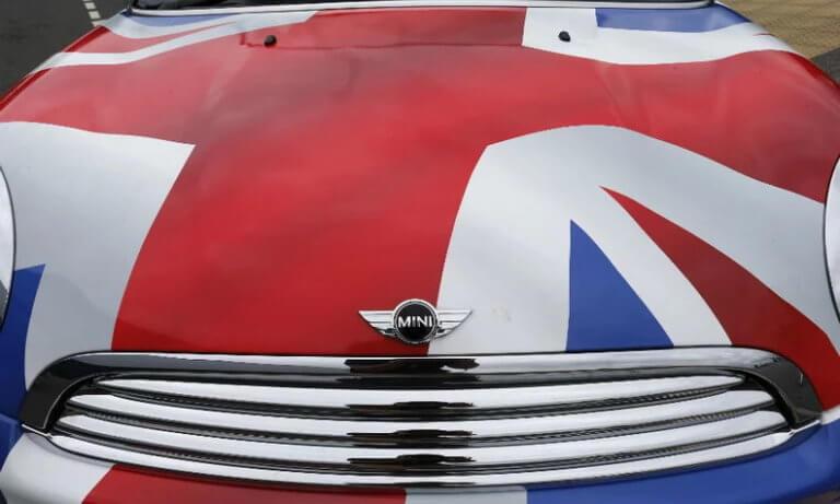 Δραματική έκκληση της βρετανικής αυτοκινητοβιομηχανίας: Μην πάτε σε άτακτο Brexit