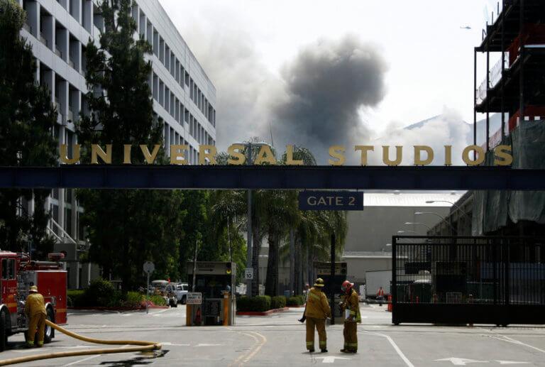 Σοκ! «Κατάπιε»… θησαυρούς καλλιτεχνών η φωτιά στα Universial Studios και το έκρυψαν! video