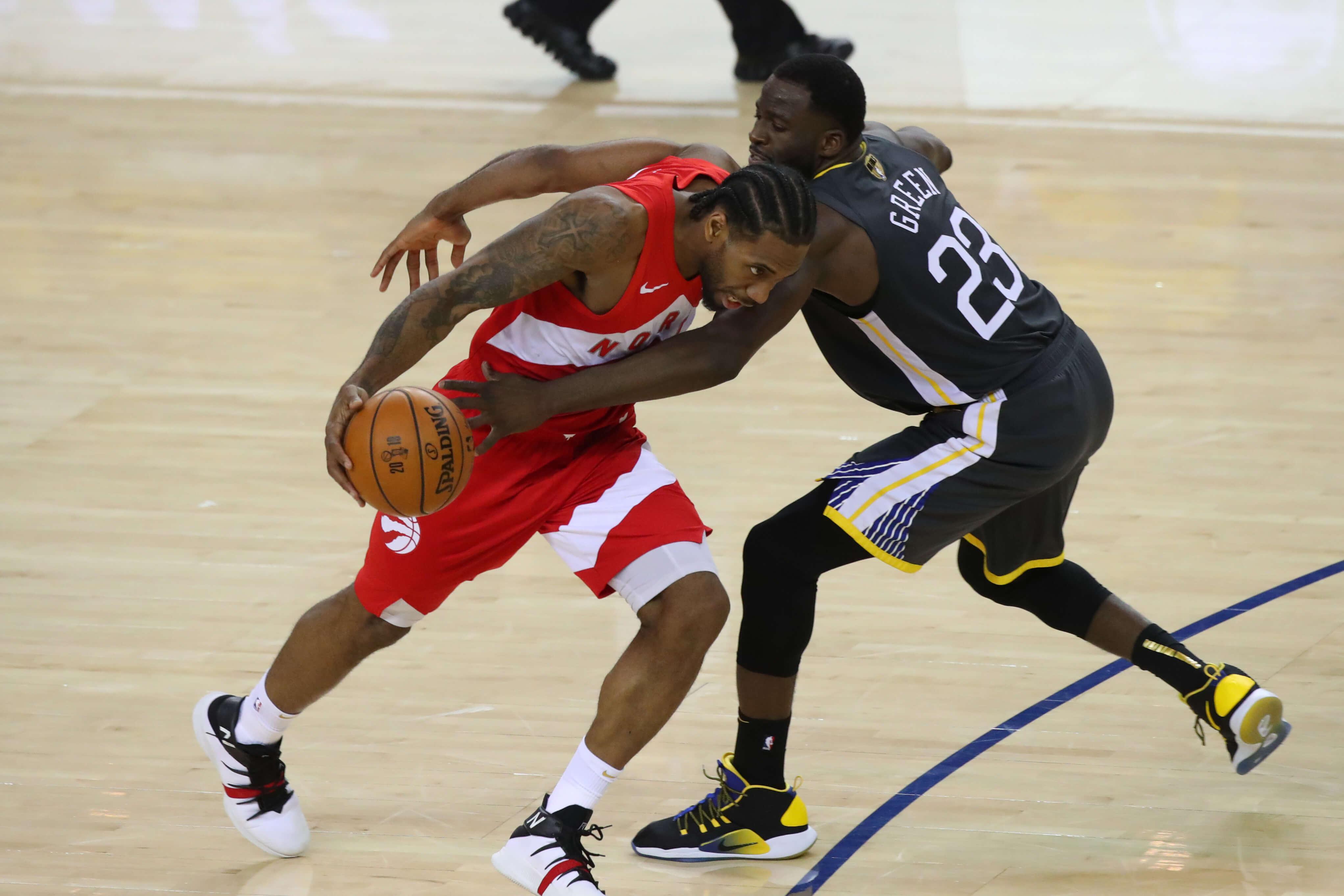 """NBA: Έτοιμοι να γράψουν ιστορία οι Ράπτορς! """"Πάτησαν"""" και πάλι τους Γουόριορς – video"""