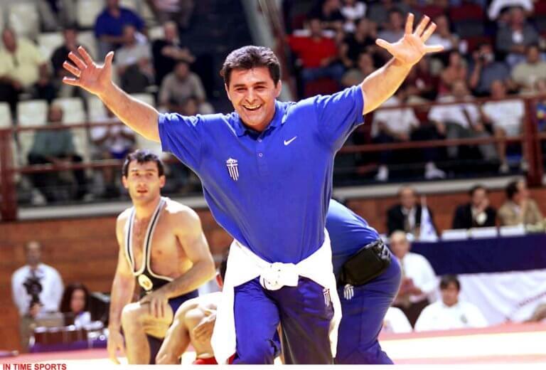Μπάμπης Χολίδης: Θρήνος για τον γίγαντα της πάλης! Η ζωή και ο δρόμος προς τα ολυμπιακά μετάλλια