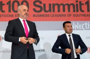 """Σε """"αναμμένα κάρβουνα"""" Βόρεια Μακεδονία και Αλβανία – Στο """"περίμενε"""" η ένταξη σε ΕΕ"""