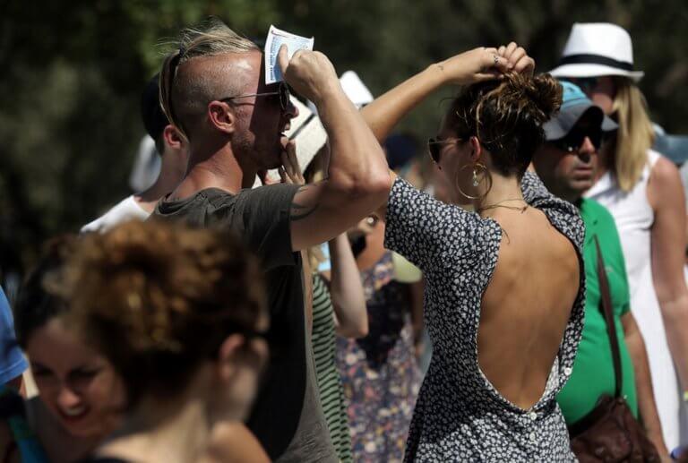 Καιρός: Θερμή εισβολή μέχρι και την Κυριακή! Τι προβλέπει ο Τάσος Αρνιακός
