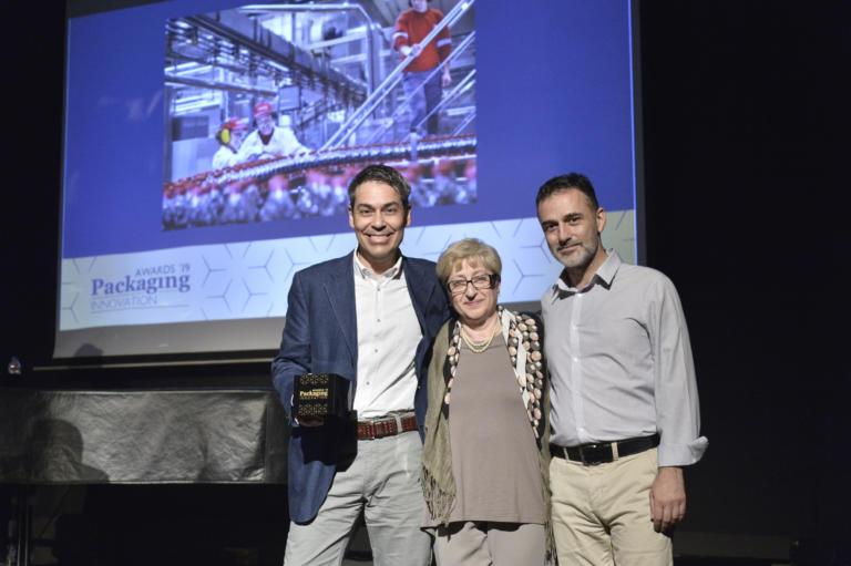 Η Coca-Cola Τρία Έψιλον πήρε το… «χρυσό» στα Packaging Innovation Awards 2019