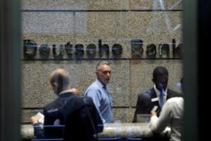 Deutsche Bank: «Μαύρη» Τρίτη για τον γερμανικό τραπεζικό κολοσσό