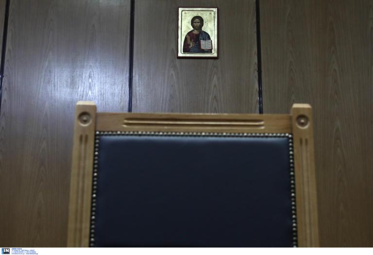 Κρήτη: Ένοχος αλλά με μειωμένη ποινή ο πατέρας που βίαζε την κόρη του