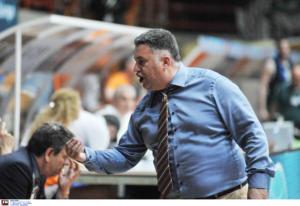 Ο Μάκης Γιατράς προπονητής της χρονιάς στην Basket League!