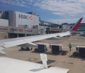 Βρετανία: Σουηδέζα συνελήφθη στο αεροδρόμιο του Γκάτγουικ για τρομοκρατία