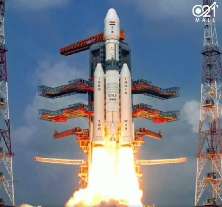 Πύραυλο για τη Σελήνη εκτόξευσε η Ινδία! Video
