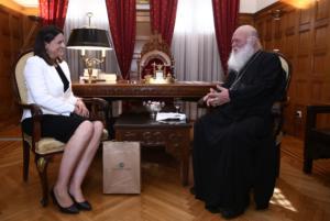 Τι είπαν για τη μισθοδοσία των κληρικών Ιερώνυμος και Νίκη Κεραμέως