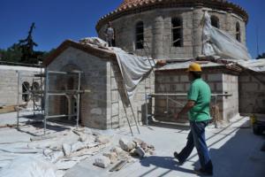 Αυτές είναι οι ζημιές του σεισμού στη Μονή Δαφνίου – Κανονικά το ωράριο λειτουργίας