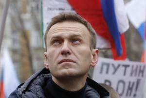 """Με """"περίεργη"""" αλλεργική αντίδραση στο νοσοκομείο ο ηγέτης της ρωσικής αντιπολίτευσης!"""