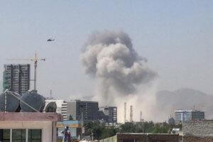 Καμπούλ: 100 τραυματίες από την βομβιστική επίθεση – Ανέλαβαν την ευθύνη οι ταλιμπάν [pics]