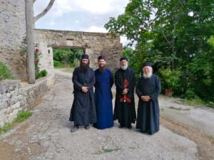 Άνθιμος Ανανιάδης: Έγινε μοναχός στο Άγιο Όρος [pics]