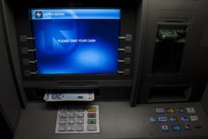 Capital controls: Πλήρης άρση στα τέλη Σεπτεμβρίου