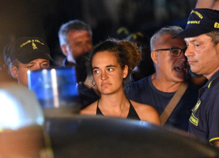 Καρόλα Ρακέτε: Να βρει λύση η ΕΕ για τους μετανάστες που διασώζονται στη θάλασσα