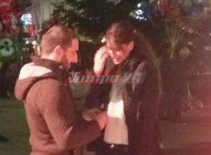 Πάτρα: Παντρεύεται το ζευγάρι που πρωταγωνίστησε στην πιο περίεργη πρόταση γάμου – Παραλίγο να είχαμε συλλήψεις – video