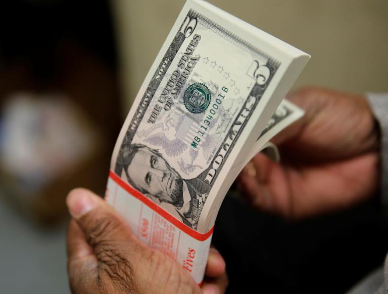 Λέσβος: Δωρεά 600.000 δολαρίων υπό έναν όρο – Θέμα συζήτησης ο «κυρ Θανάσης» που έγινε πλούσιος στις ΗΠΑ!