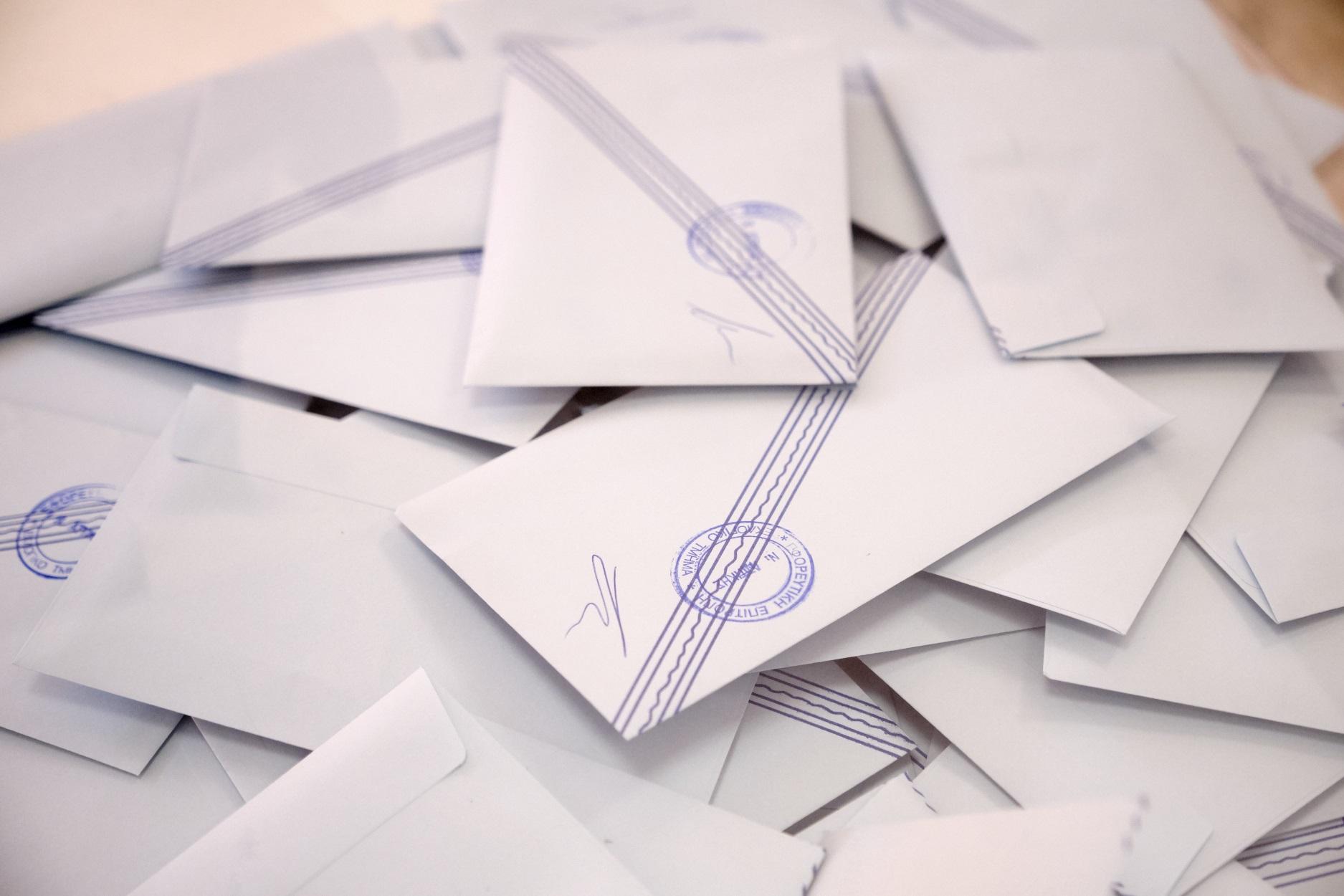 Exit Poll: Τι δείχνει το πρώτο κύμα