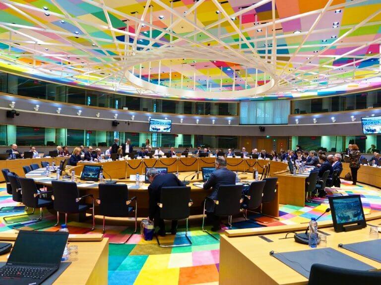 Eurogroup: Ο Σταϊκούρας θα ζητήσει πρόωρη αποπληρωμή των δανείων του ΔΝΤ