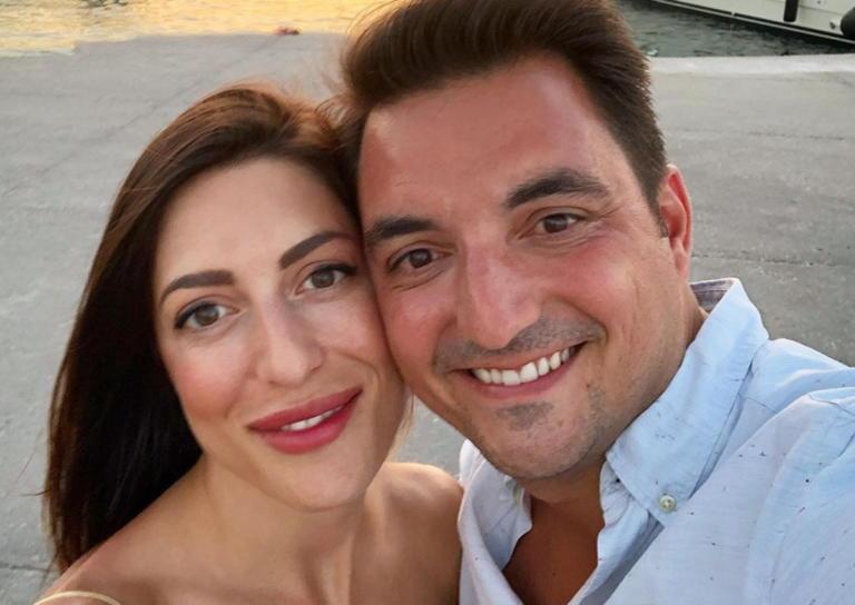Φλορίντα Πετρουτσέλι: Βάφτισε την ενός έτους κόρη της στο Πόρτο Χέλι! [pic]