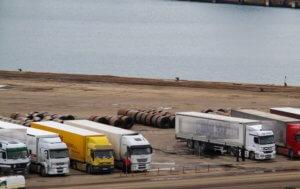 """Θεσσαλονίκη: 18 φορτηγά βρέθηκαν με """"πειραγμένο"""" ταχογράφο"""