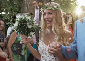 Κρήτη: Εκπληκτικός γάμος με παραμυθένιες σκηνές – Η κούκλα νύφη πραγματοποίησε το όνειρό της – video
