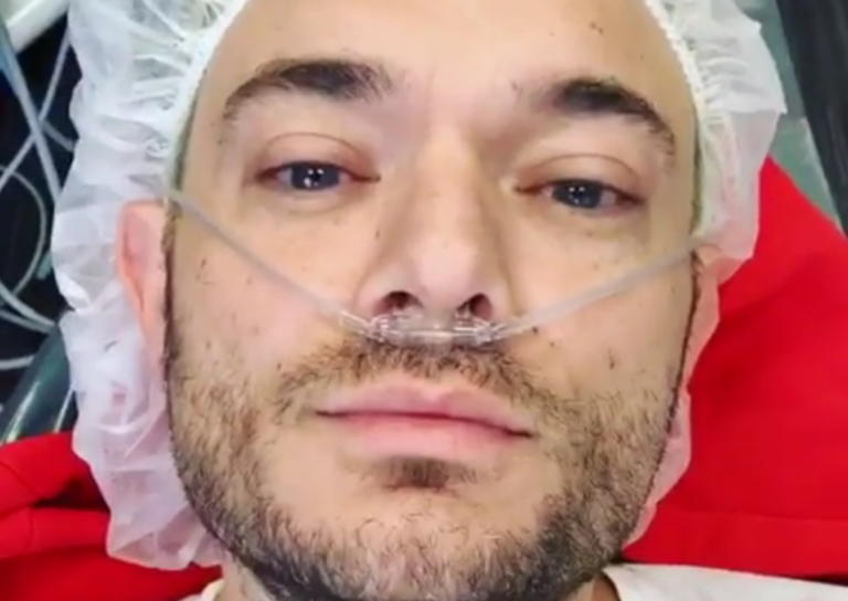 Στο νοσοκομείο ο Δημήτρης Γιαννέτος – Το χειρουργείο και η παραμόρφωση στο πρόσωπό του