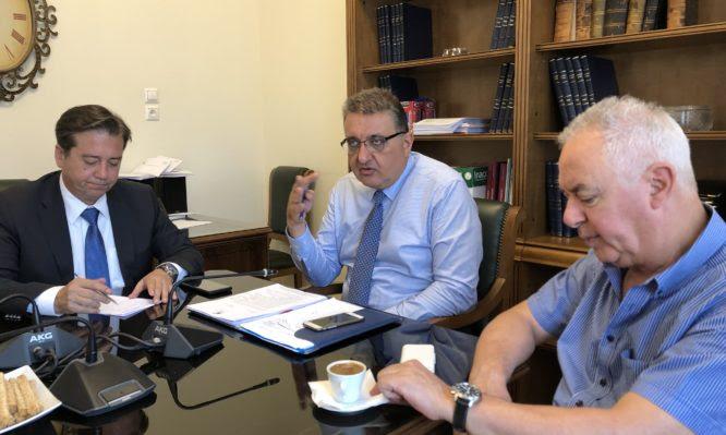 «Θα είμαστε μπροστά κι όχι πίσω από το κάρο», λέει το νέο προεδρείο του Πανελλήνιου Ιατρικού Συλλόγου