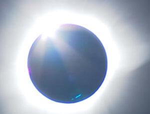 Ολική έκλειψη ηλίου την Τρίτη! Από που θα είναι ορατή