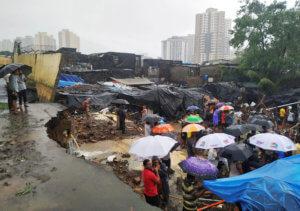 Οι μουσώνες σαρώνουν την Ινδία – Κατέρρευσε φράγμα – Έξι νεκροί